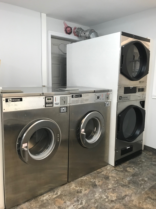 Photo de Buanderie Ste-Marie - Laundromats