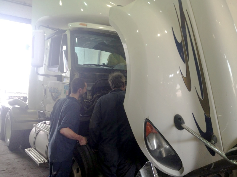Photo de TMS Maître des camions Ltée - TMS Truckmasters Ltd. - Truck Repairs & Maintenance
